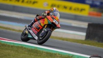 Moto2: Assen: Raul Fernandez sigla la quarta pole della stagione, 9° Dalla Porta
