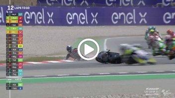 Moto3: VIDEO Che paura per John McPhee caduto nella esse e rientrato in pista!