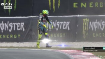 MotoGP: VIDEO Valentino Rossi's crash in Q2 and the highlights, GP Catalunya