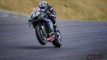 MotoGP: Vinales padrone del venerdì di Assen: paura per Marquez, volo spaventoso