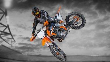 Moto - News: KTM 450 SX-F 2021 e 2022: problemi al cambio, arriva il richiamo