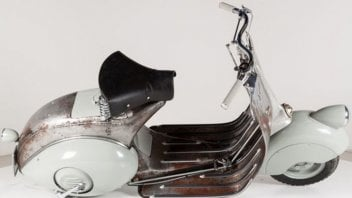 Moto - Scooter: Vespa Piaggio:ce n'è una che costa più di una Ferrari