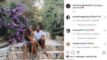 MotoGP: Valentino Rossi: 'selvaggio e abbronzato' in vacanza con Francesca