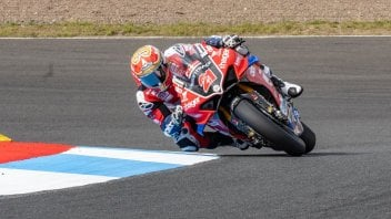 SBK: BSB Knockhill: Christian Iddon porta la Ducati al successo in Gara 1