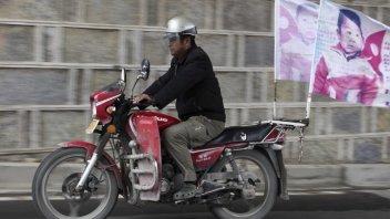 Moto - News: Cina: 500.000 km in moto per trovare il figlio rapito 24 anni prima