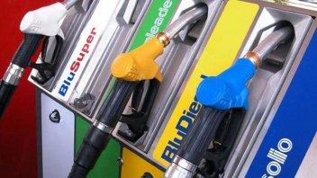 Auto - News: Gasolio adulterato: nei guai diversi distributori