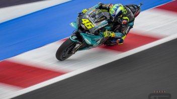 MotoGP: VIDEO - La caduta di Valentino Rossi in Q1 a Misano