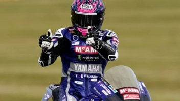 "SBK: BSB Snetterton: Mackenzie vince lo sprint con tre piloti in 0""095"
