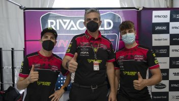 Moto3: Coppia italiana per il team Snipers nel 2022: confermati Migno e Surra