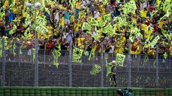 """MotoGP: Fratesi: """"il fan club di Rossi non si fermerà e che divertimento le sue gag"""""""