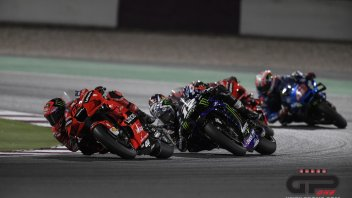 The blue butterfly and the red (peregrine) falcon: Yamaha beats Ducati 1-0