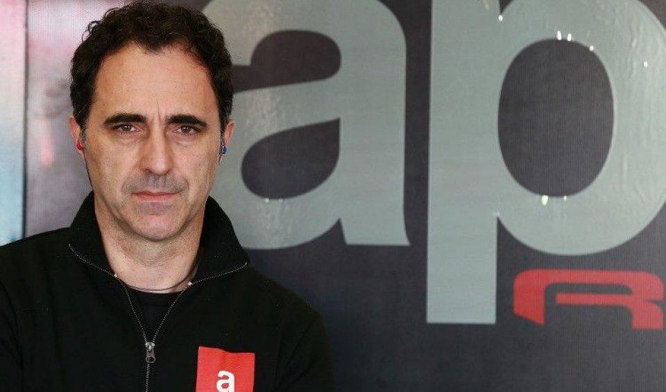 """""""Nel 2017 potremmo avere tre team clienti come nessuno. La missione di Aprilia è arrivare al top in MotoGP""""."""